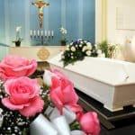 Sådan er forløbet fra dødsfald til begravelse