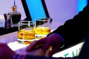 Få hjælp til alkoholmisbrug som pårørende.