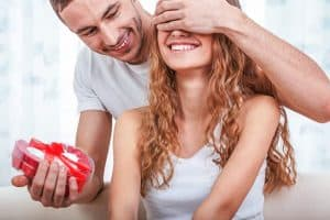 Overrask kvinden i dit liv – 5 ting der vil gøre dig til dagens mand..